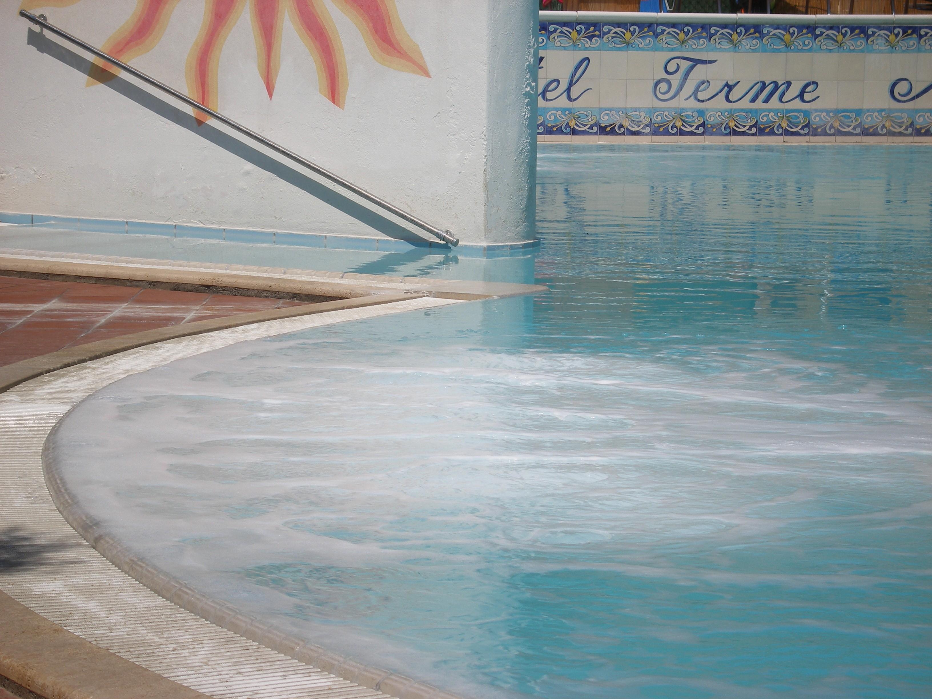 Idromassaggio piscina termale